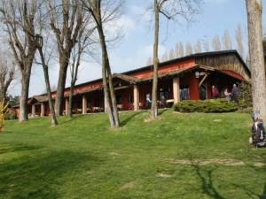 esterno vista club house golf zoate